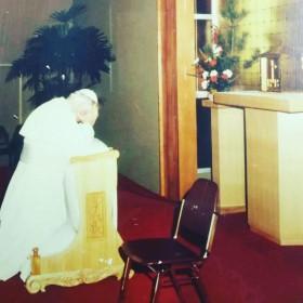 祈祷台と故ヨハネパウロ2世