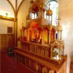 浦上教会内被曝マリア安置祭壇